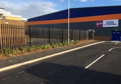 Exterior railings repaint retail unit Middlesbrough