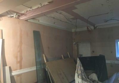 Freshly plastered walls before airless spraying